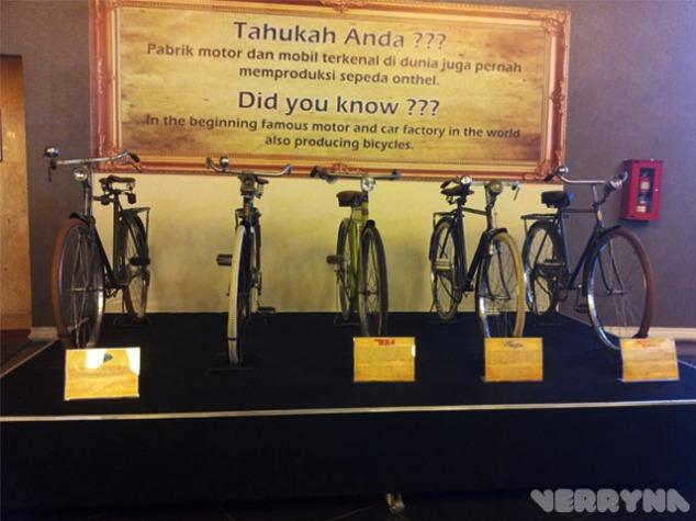 Sepeda yang diproduksi dari produsen mobil :v